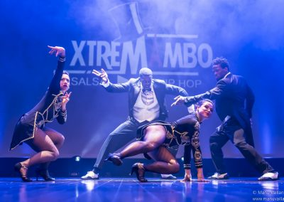 salsa, Festival Mai en scène, salsa hip hop fusion, kizomba, salsa hip hop compagnie, salsa hip hop france, salsa hip hop paris, battle de salsa hip hop, xtremambo, rodrigue lino, mambo paris, breakdance, shine, breakdance en talons, beauté, muscles, salsa cubaine, salsa portoricaine, fitness, workout, show, Hip hop international , spectacle de danse, spectacle de salsa hip hop, show de salsa hip hop, paris salsa hip hop battle, Salsa hip hop movement paris, néosalsa, création, centquatre paris,
