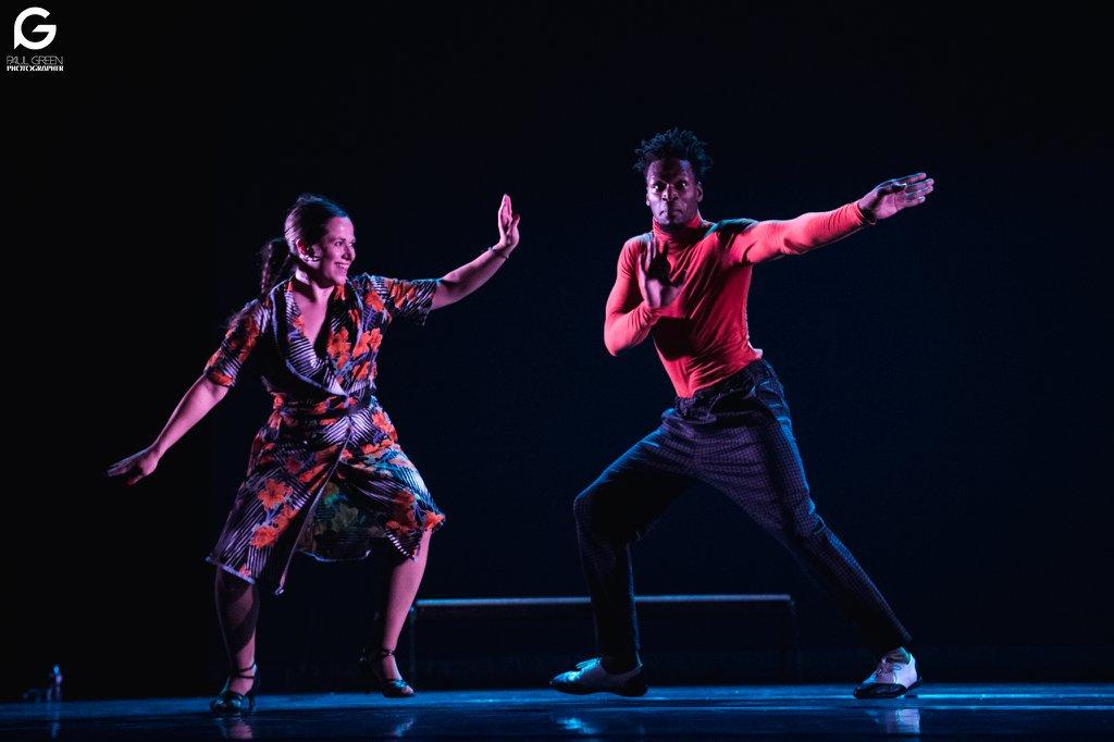 neosalsa, xtremambo, chorégraphie, paris salsa hip hop, chenôve, spectacle salsa hip hop, danse, rodrigue lino, chorégraphe, scène, paris salsa hip hop,